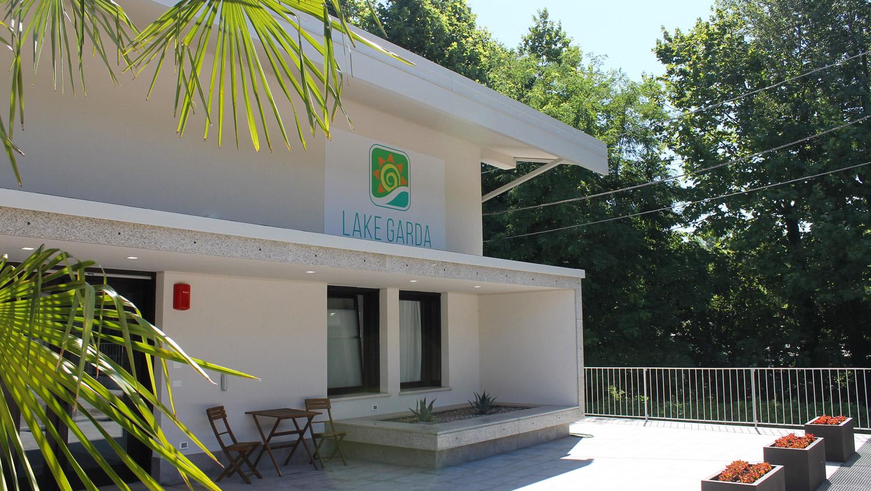 Ambienti Riva Del Garda dati aziendali lake garda beach hostel ostello lago di garda